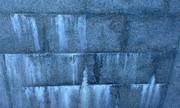 Удаление высолов с фасада,  цоколей от солевых и известковых отложений